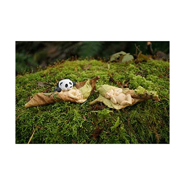 Top Collection Miniature Fairy Garden And Terrarium Statue Sleeping Fairy Baby With Frogs