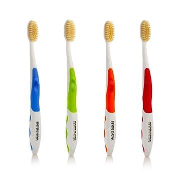 Amazon.com: Cepillo de dientes con cerdas antimicrobiales de ...