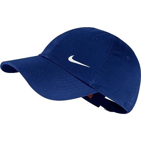 ed6874192de Amazon.com   Nike Heritage 86 Swoosh Cap Deep Royal Blue White Caps    Sports   Outdoors
