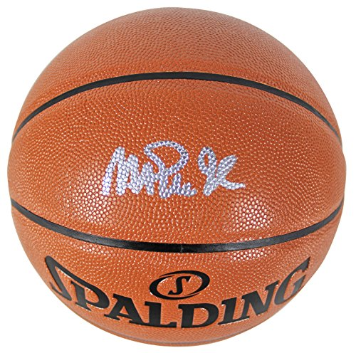Lakers Magic Johnson Authentic Signed Basketball Autographed BAS Witnessed