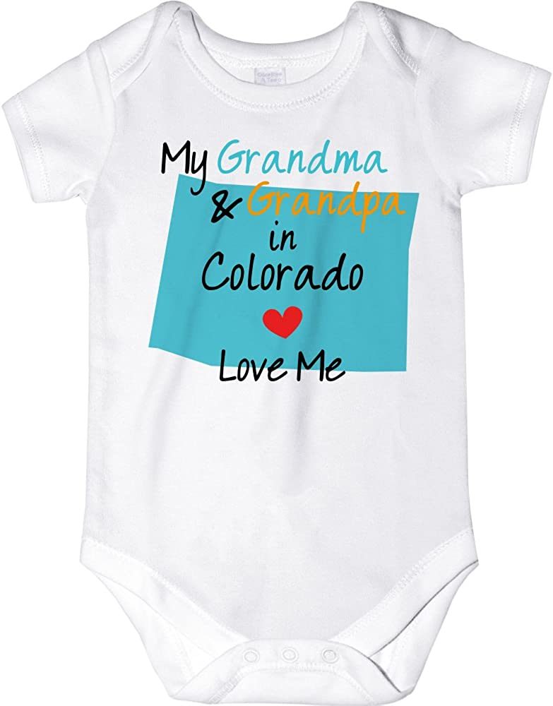 My Grandpa in Maine Loves Me Toddler//Kids Sporty T-Shirt