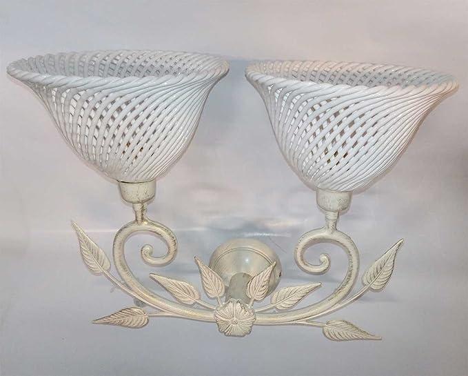 Applique provenzale ferro battuto bianco e paralumi ceramica made