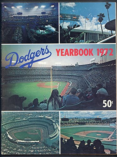 1972 Los Angeles Dodgers Yearbook EX-MT 335474 Kit Young Cards