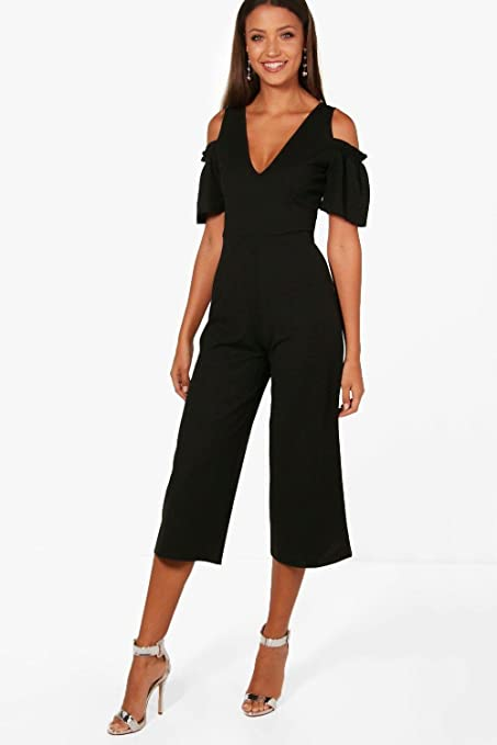 8ad760593e8f Boohoo Womens Tall Emily Cold Shoulder Culotte Jumpsuit in Black size 10   Amazon.ca  Clothing   Accessories