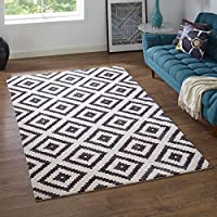 Modway Alika Abstract Diamond Trellis 5x8 Area Rug With Contemporary Design In Charcoal and Ivory