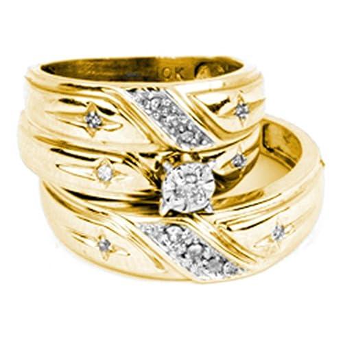 Juego de anillos de boda de oro amarillo de 10 quilates con diamantes redondos y cruz