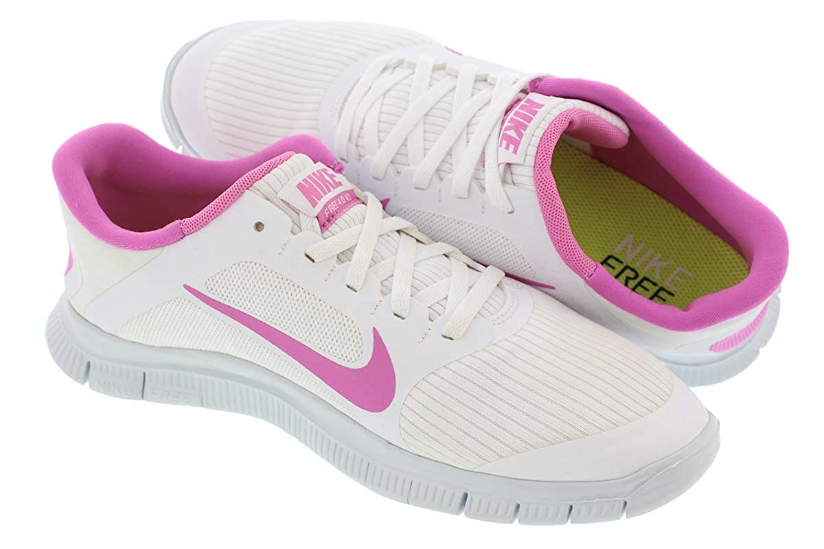 new concept c1f3c 911bf Amazon.com   Nike Free 4.0 V3 580406-160 Women White   Fashion Sneakers