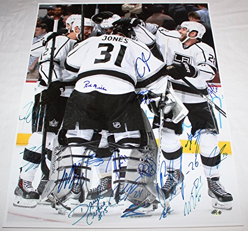 Los Angeles Kings 2014 Stanley Cup Champions Team Signed 16x20 Photo With 17 Autographs COA