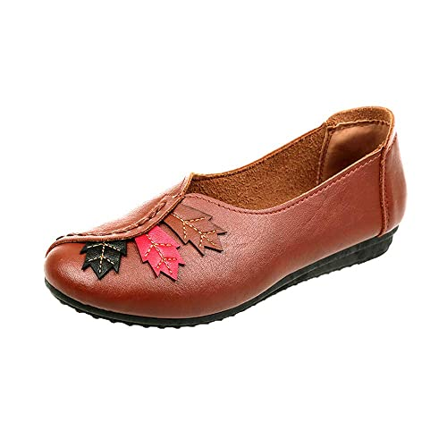 Amazon.com   Dressing Womens Casual Fashion Leaves Round Head Flat, Soft Bottom Pea Boat Shoes Beige   Shoes