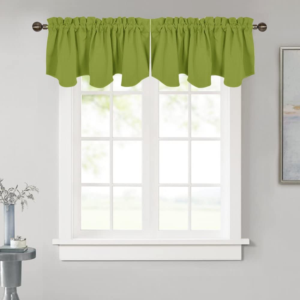 NICETOWN Blackout Valance for Kitchen Window - 52 inches by 18 inches Thermal Insulated Scalloped Rod Pocket Kitchen Curtain Tiers Drapery Panel for House/Apartment Window, Green, 1 Panel