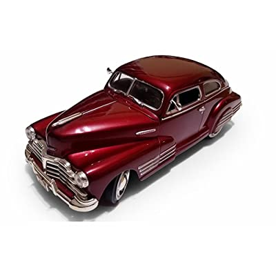 1948 Chevy Aerosedan Fleetline, Red - Motormax Premium American 73266 - 1/24 Scale Diecast Model Car: Home & Kitchen