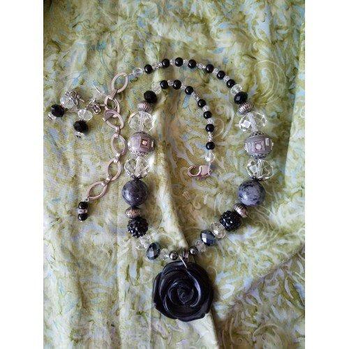 Carved Black Onxy Rose Necklace Set
