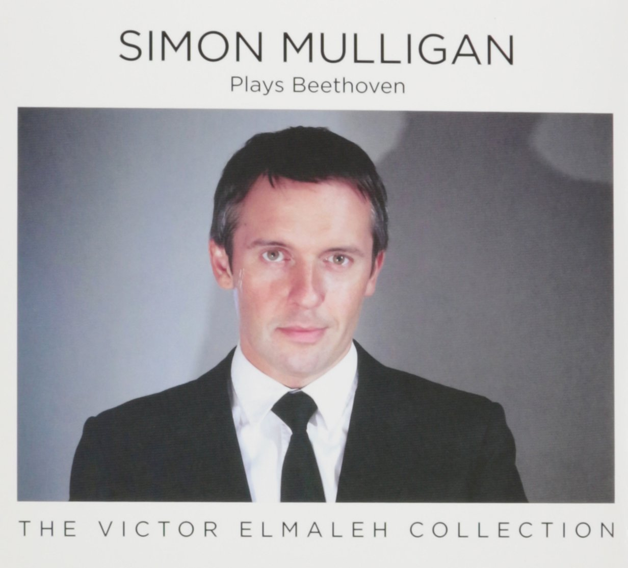 Simon Mulligan Plays Beethoven by Victor Elmaleh Colle