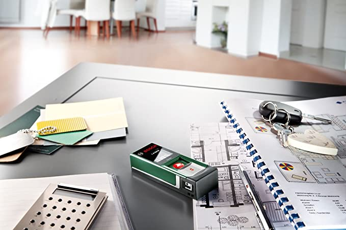 Digitaler Laser Entfernungsmesser Zamo : Bosch digitaler laser entfernungsmesser zamo batterien aaa