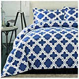 Superior Trellis Comforter Set with Pillow Shams, Luxurious & Soft Microfiber with Down Alternative Fill, Contemporary Geometric Trellis Design - King/California King Bedding Set, Navy Blue