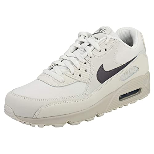 best service d12c0 ff293 Nike Men's Air Max 90 Essential Training Shoes