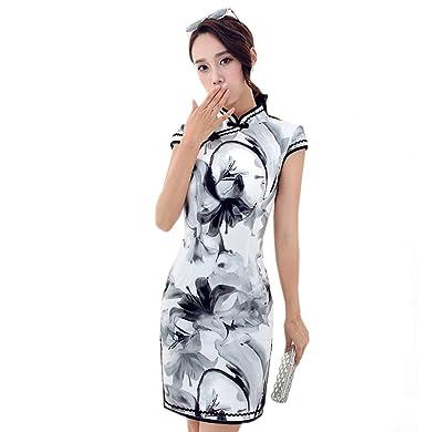 Kleid schwarz mit weiben blumen