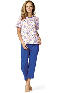 3607bff63f Comtessa Women s Striped Pyjama Set  Amazon.co.uk  Clothing