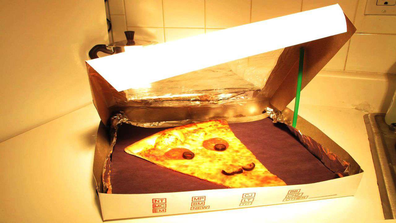 How to Turn a Pizza Box into a Solar Oven
