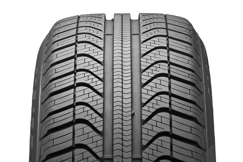 E//B//69 Pirelli Cinturato All Season 175//65//R15 84H All Weather Tire