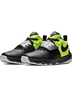 NIKE Team Hustle D 8 (GS), Chaussures de Basketball garçon  Amazon ... cb6d50965937