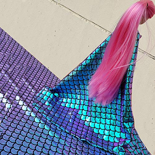 - Iridescent Mermaid Scales Hologram Fish Scale 4 Way Stretch Spandex Green 58