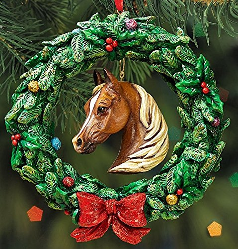 BREYER - HORSE WREATH ORNAMENT - 2016 HOLIDAY HORSE - LIMITED EDITION