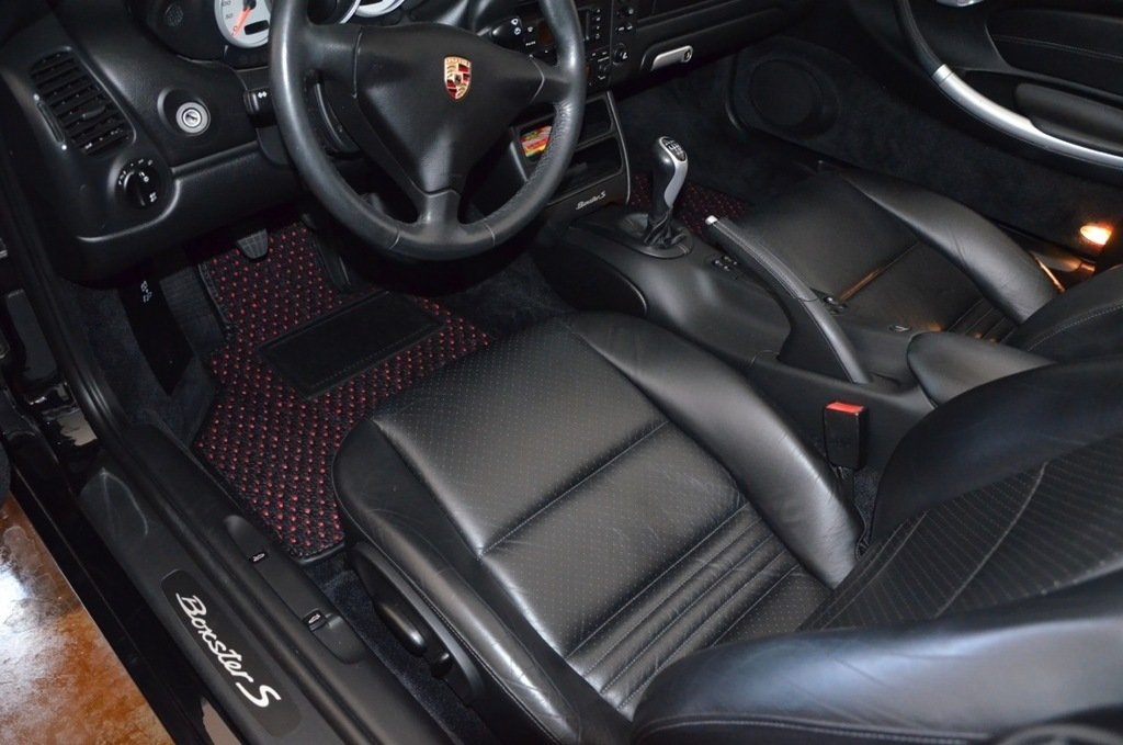 Amazon.com: Furstil Automotive-The Original Coco Mats-Custom Fit Floor Mats Hand-Made in USA for any Make/Model Vehicle Black Blue Dot-Front Set-Two Piece: ...