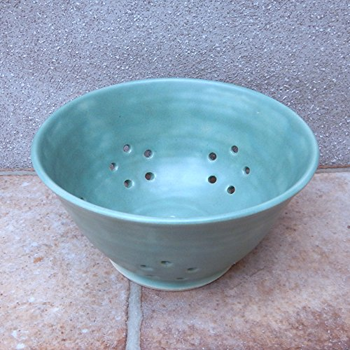 Berry bowl or colander wheel thrown stoneware pottery ceramic handmade drainer (Ceramic Drainer)