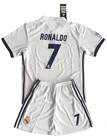 b8ed41ac8ce Ronaldo  7 Real Madrid 2016-17 Youths Home Kit Shirt   Shorts (11-13 ...