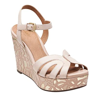 CLARKS Amelia Page Womens Nude Leather Sandal 10-Medium