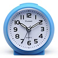 Plumeet Small Clock, Non Ticking Travel Alarm Clock with Snooze and Nightlight, Cute Colour for Kids, Ascending Sound Alarm, Easy to Set, Handheld Sized, Battery Powered