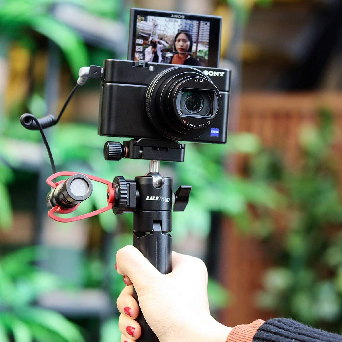 SAIREN Vlog Video On Camera Microphone Cardioid Directional Plug and Use Broadcast Mic High Sensitivity for Canon Nikon Panasonic Fuji Sony A7 III etc DSLR//Camera for iPhone 11 Pro Max Smartphone