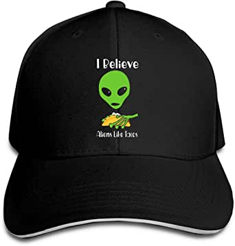 Gorra de béisbol con texto en inglés «I Believe Aliens