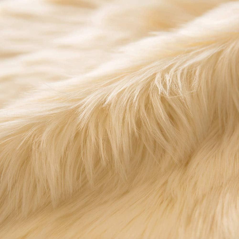 Alfombras Modernas Super Suaves de la Pelusa Beige 40 x 60 cm imitaci/ón Piel sint/ética Piel Ultra Suaves Antideslizante para el hogar Alfombras de Dormitorio