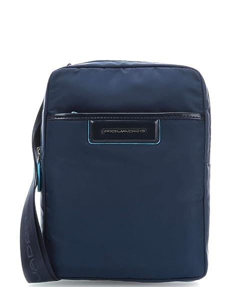 Piquadro Celion Borsa a tracolla blu  Amazon.it  Abbigliamento a3f3f43e79b