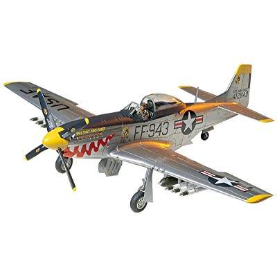Tamiya Models F-51D Mustang Model Kit: Toys & Games