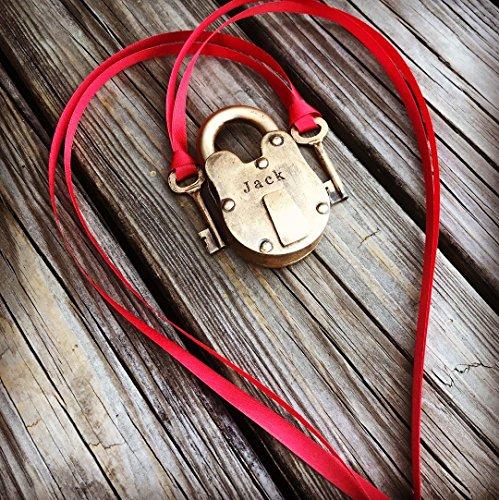 Ring Pillow Alternative Wedding ring bearer Antique padlock with two keys