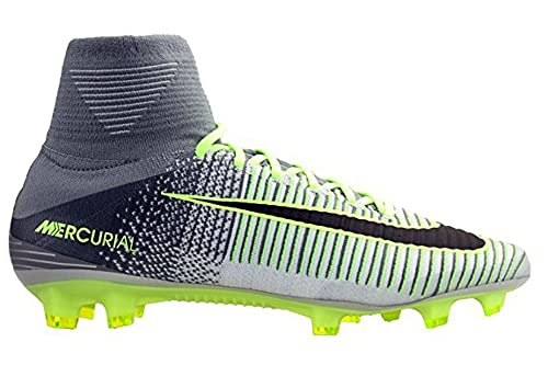 2376408f47d9a Nike Mercurial Superfly V FG Men s Firm-Ground Soccer Cleat  Amazon.ca   Shoes   Handbags