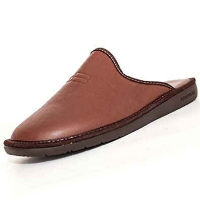 b4caef8e666 Nordika Brown Leather Slippers  Amazon.co.uk  Shoes   Bags