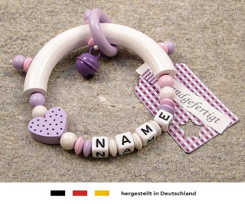 Baby Greifling Beißring halbrund mit Namen | individuelles Holz Lernspielzeug als Geschenk zur Geburt & Taufe | Mädchen Motiv Herz in flieder