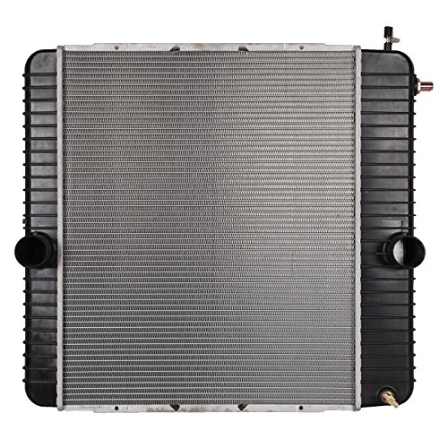 Scitoo Truck Radiator 2208-006 fits for 2004-2007 Ford F650/F750 2002-2007 International Harvester 4300 2003-2007 International Harvester 4200LP