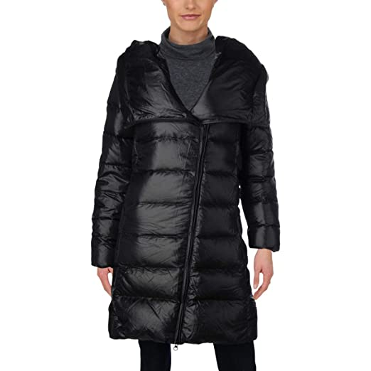 2b247d9140 Nike Womens Winter Down Parka Coat at Amazon Women s Coats Shop