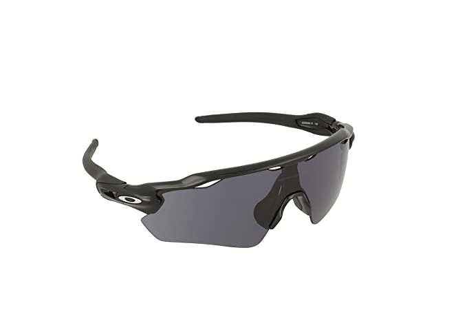 bf49a710f7c Amazon.com  Oakley Men Radar EV Path Sunglasses
