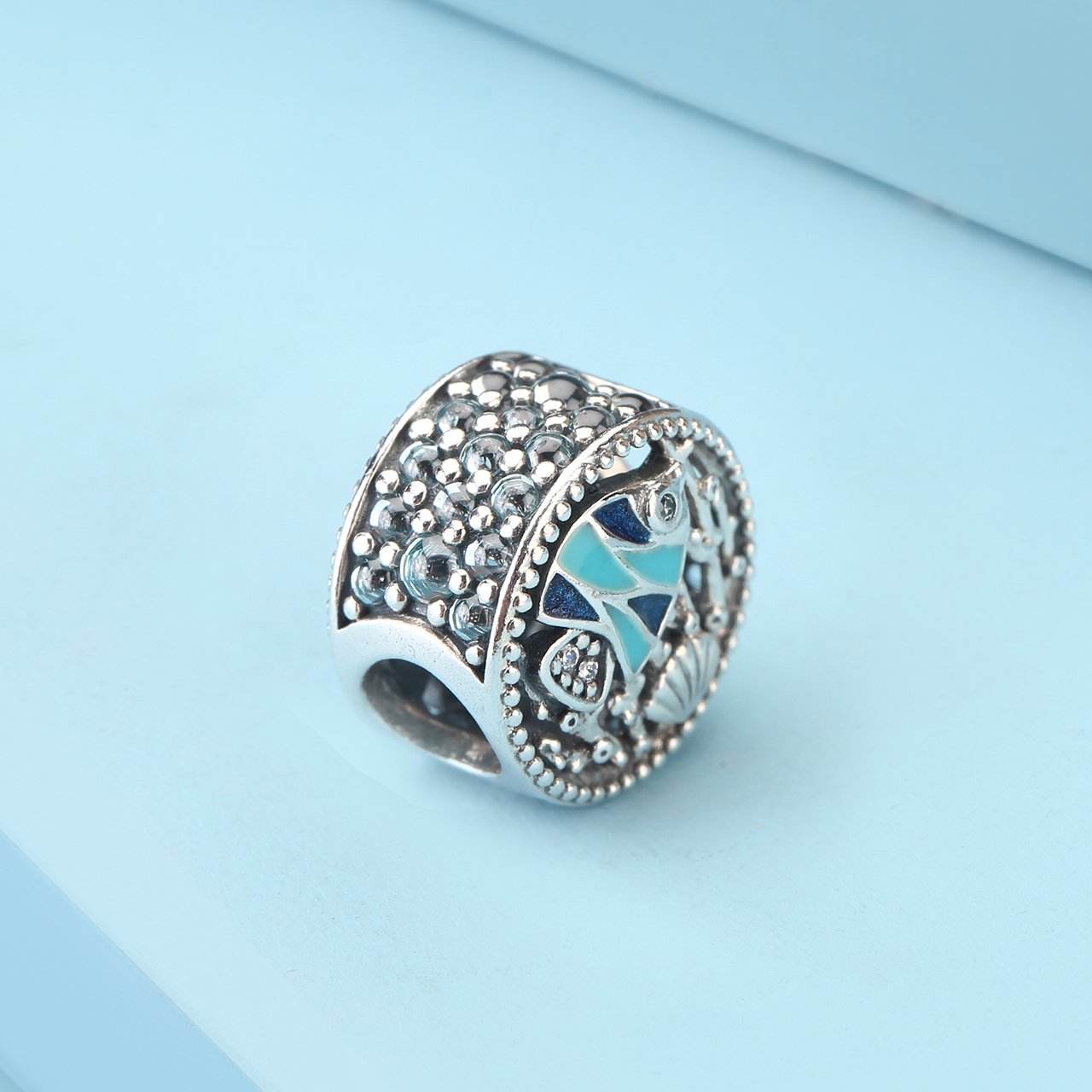 35903699a Amazon.com: Pandora Sterling Silver Multi-Colored Ocean Life Charm  792075ENMX: Watches