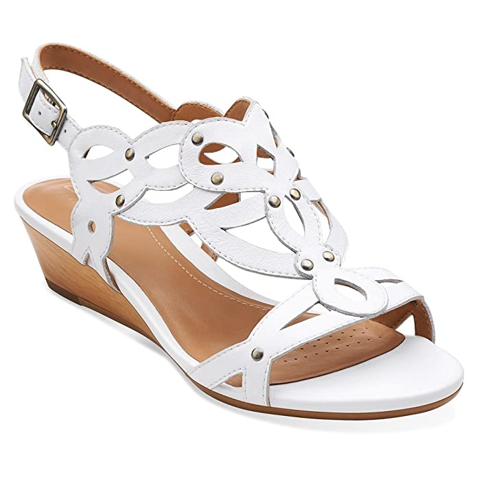 a435f68e7a7 Clarks Women s Playful Tunes Low Wedge Sandal White 9 B(M) US  Buy Online  at Low Prices in India - Amazon.in