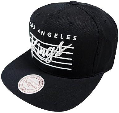 cheaper 95433 645e8 Image Unavailable. Image not available for. Colour  Mitchell   Ness Los  Angeles Kings Cursive Script VP95Z Snapback Cap Basecap Mens