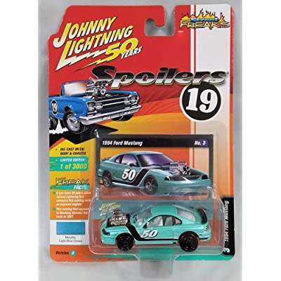 Johnny Lightning 1:64 Street Freaks Ver A 1994 Ford Mustang Metallic Blue-Green: Toys & Games