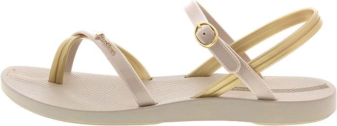 Ipanema Women/'s Fashion Plastic Buckle Toe Post Sandal Ivory