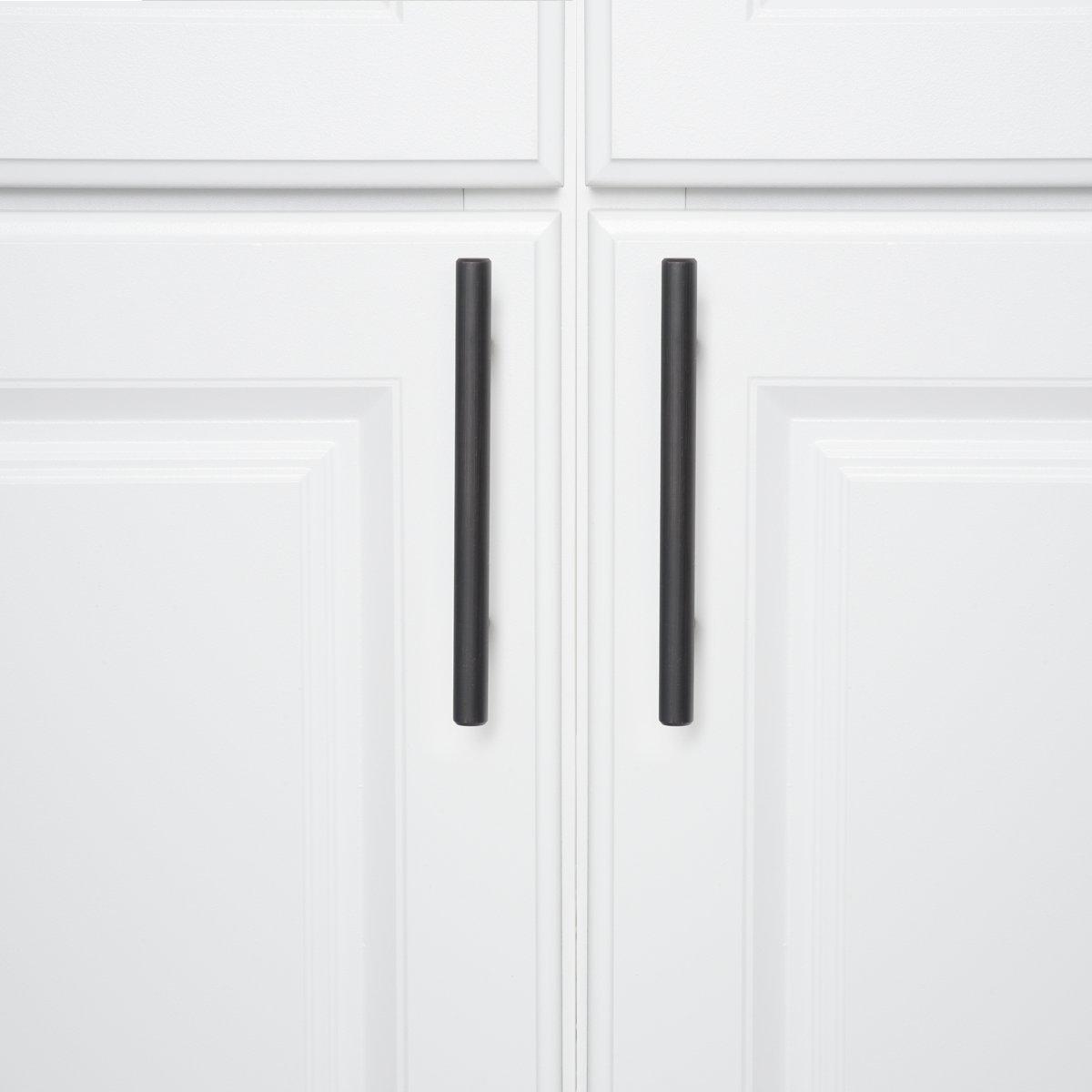 Lochmitte zu Lochmitte: 19,05 cm 1,27 cm Durchmesser Europ/äischer Steggriff Matt-Schwarz 10er-Pack Basics L/änge: 25,4 cm M/öbelgriff